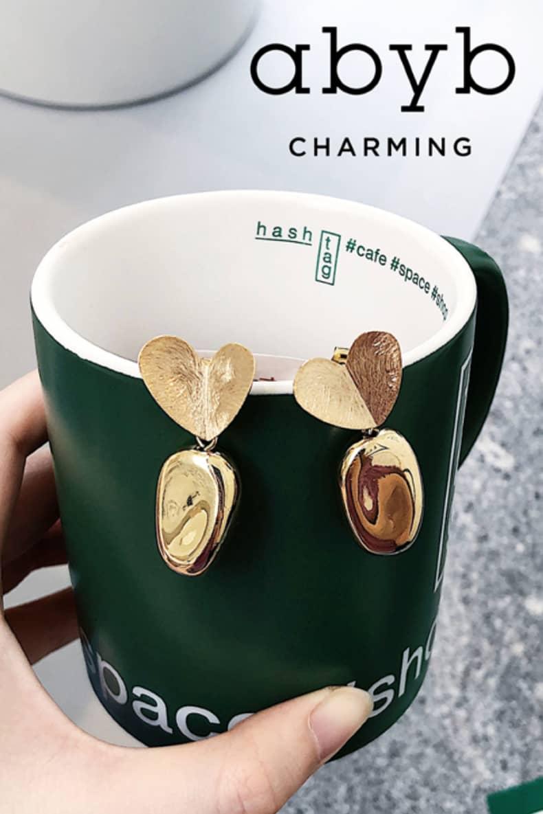 Abyb Carrot Love Earrings V2