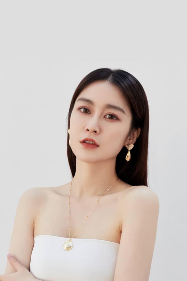 Abyb Carrot Love Earrings V4