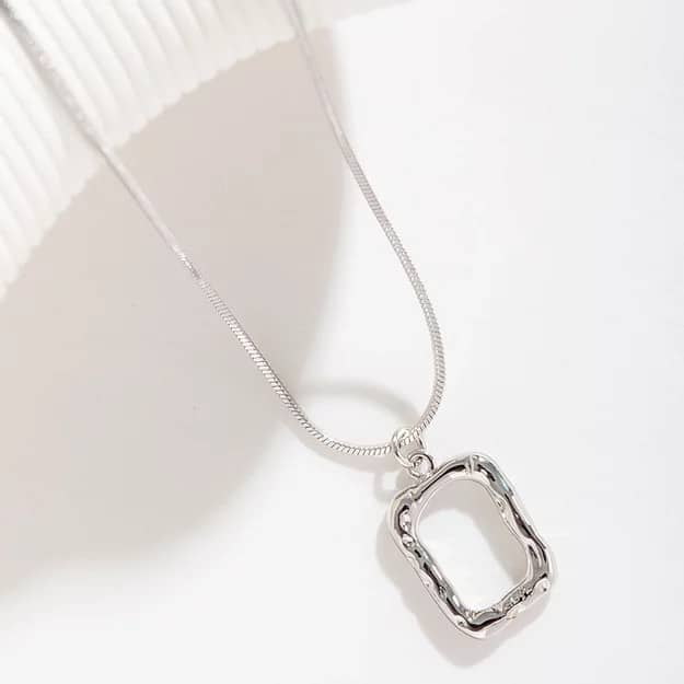 Abyb Charming Art Frame Necklace 03