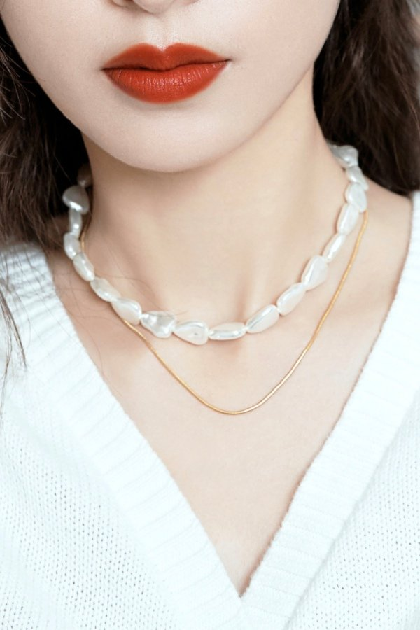 Abyb Triangle Pearl Double Stacking Neck Chain V4