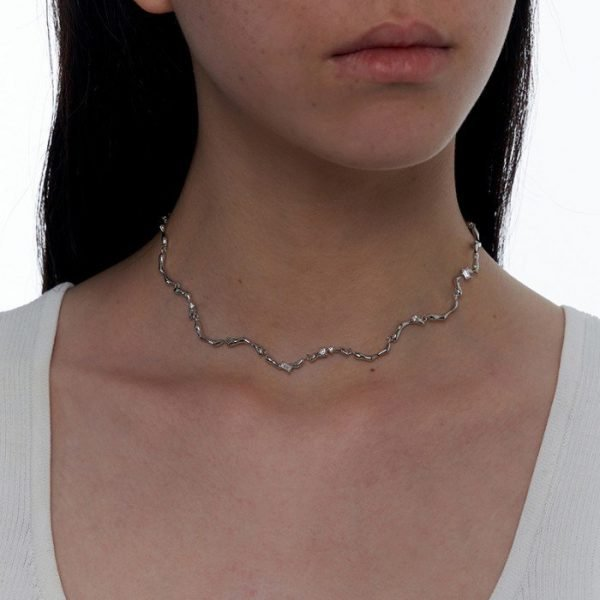 Clavicle Wave Necklace 01