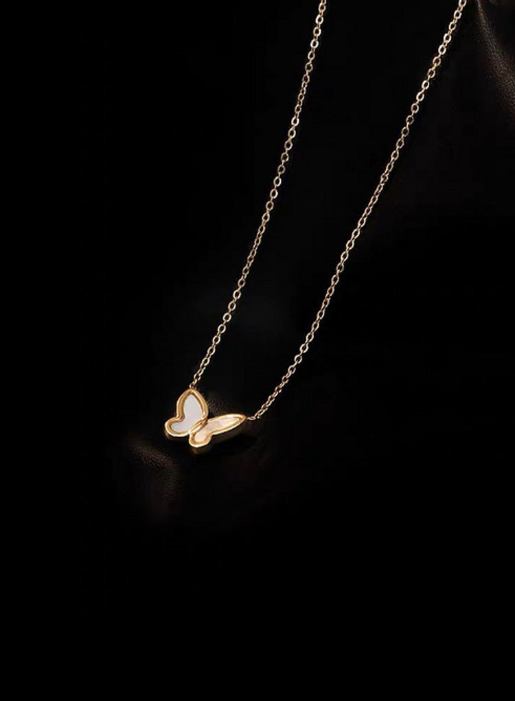 K2o Simple Butterfly Necklace V5