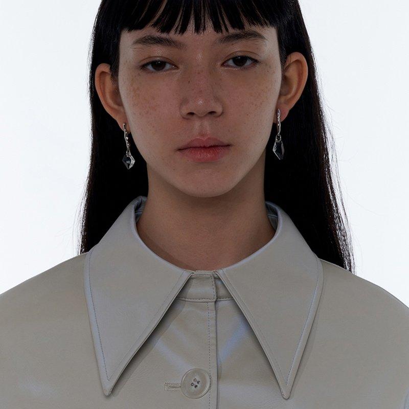 Kvk Dashing Crystal Earrings V1