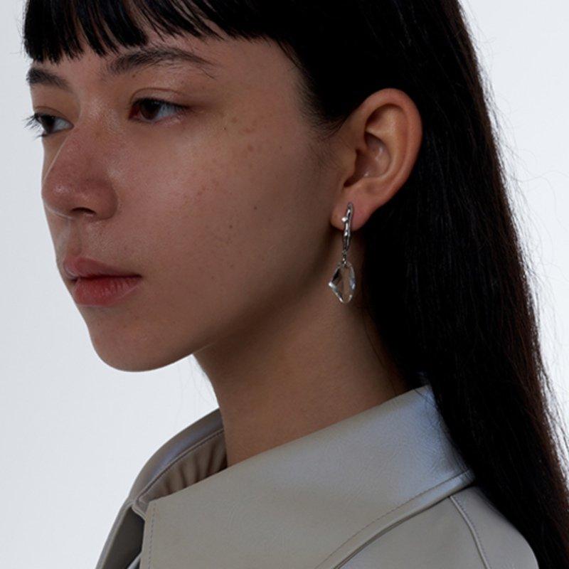 Kvk Dashing Crystal Earrings V2