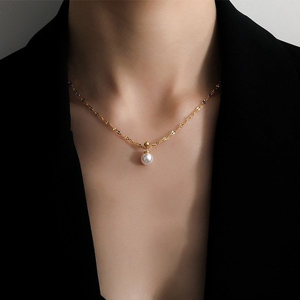 K20 Water Ripple Pearl Necklace
