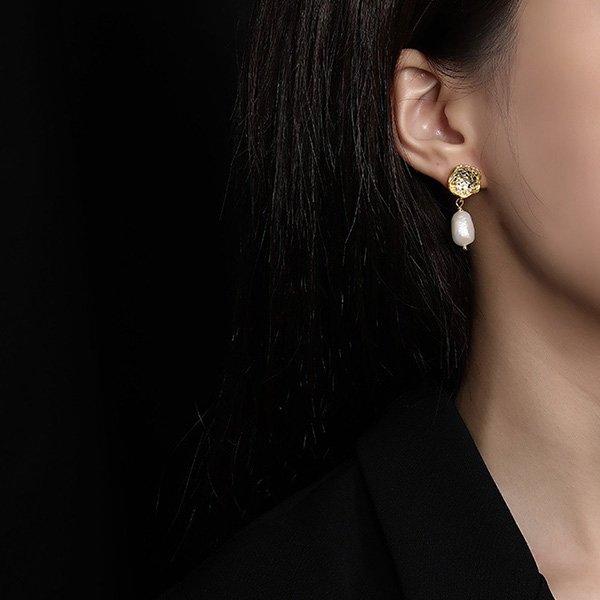 K20 Baroque Pearl Earrings