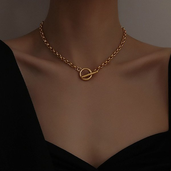 K20 Gold T-buckle Necklace