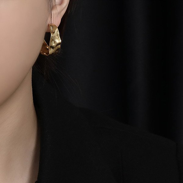 K20 Personality Exaggerated Earrings