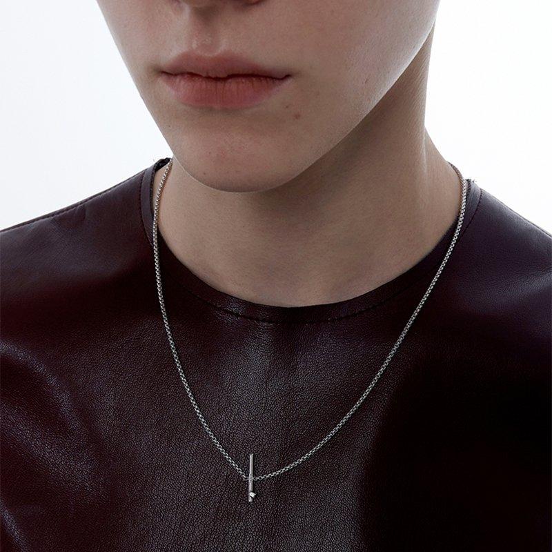 KVK Diamon In-laid Collarbone Necklace