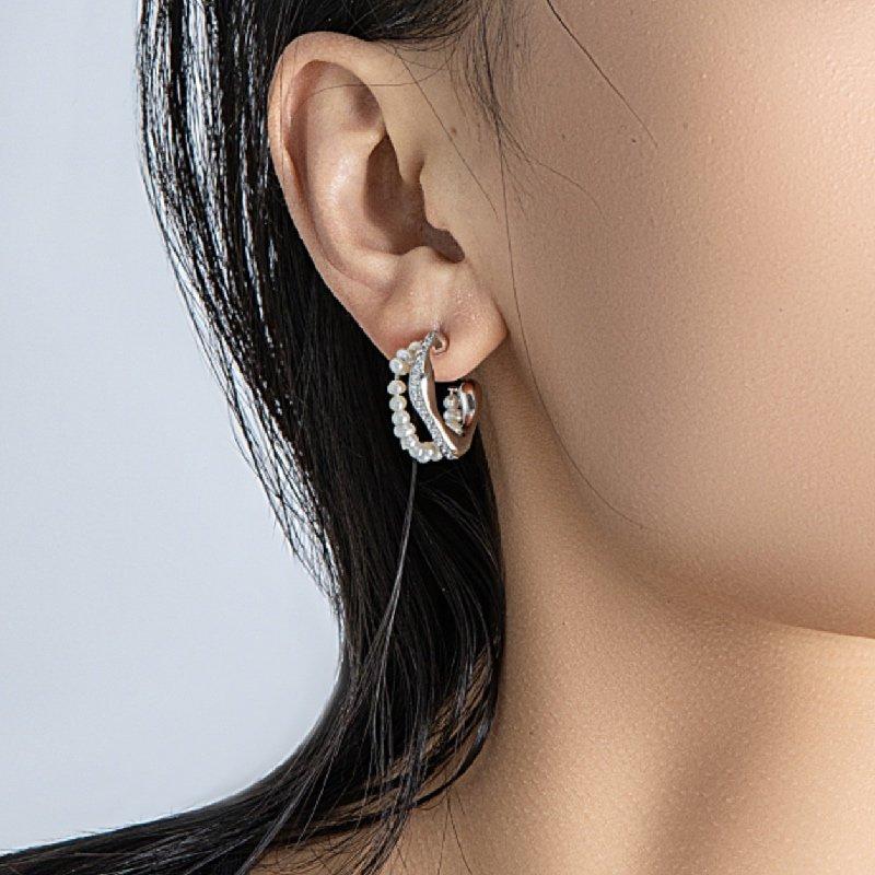 Arsis Pearl Zircon Stud Earrings