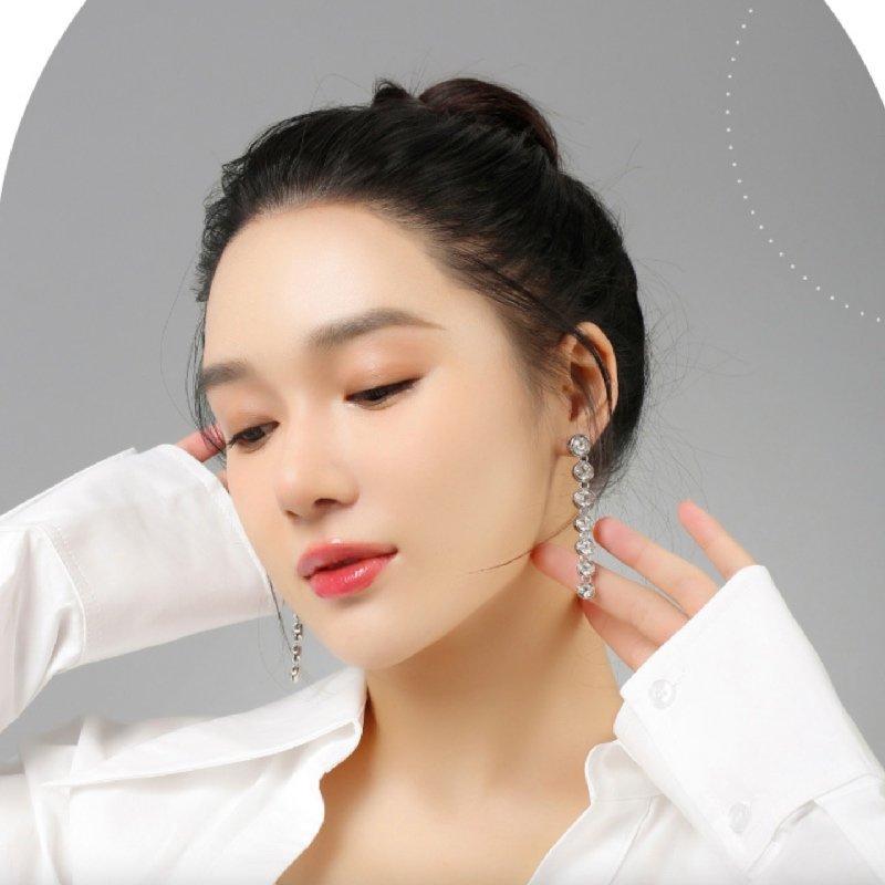 Abyb Backwater Long Diamond Earrings 3