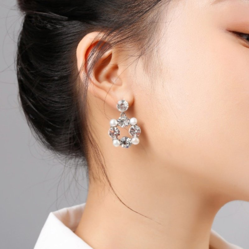 Abyb Gems And Pearl Earrings 6