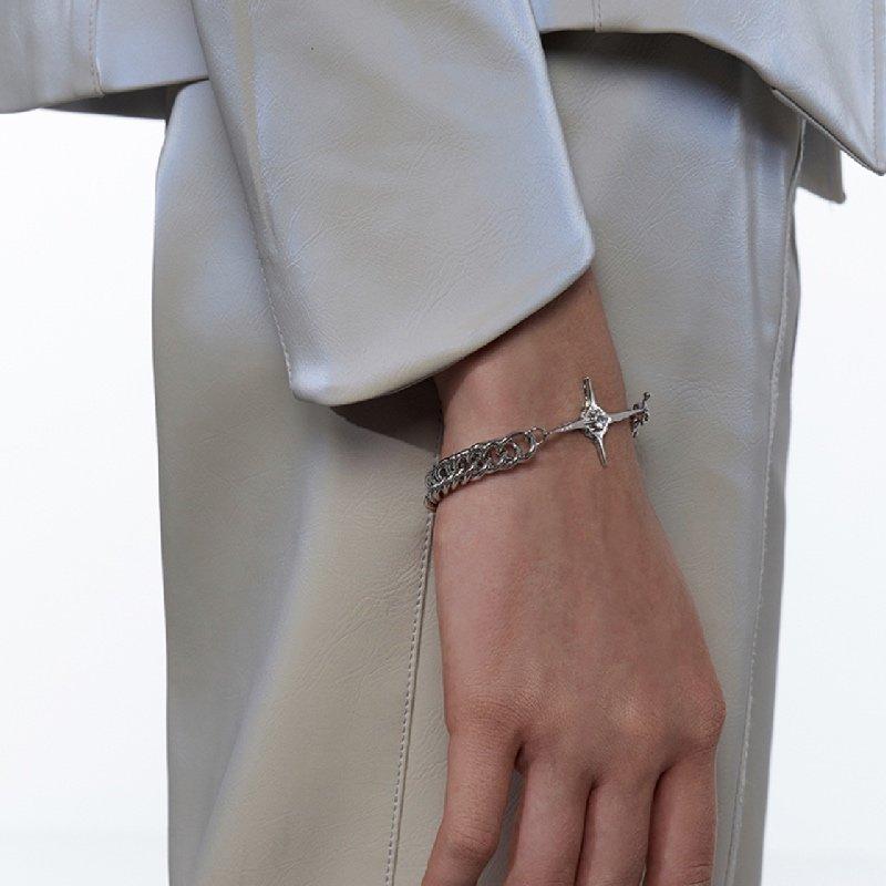 Kvk Cross Pendant Bracelet 4