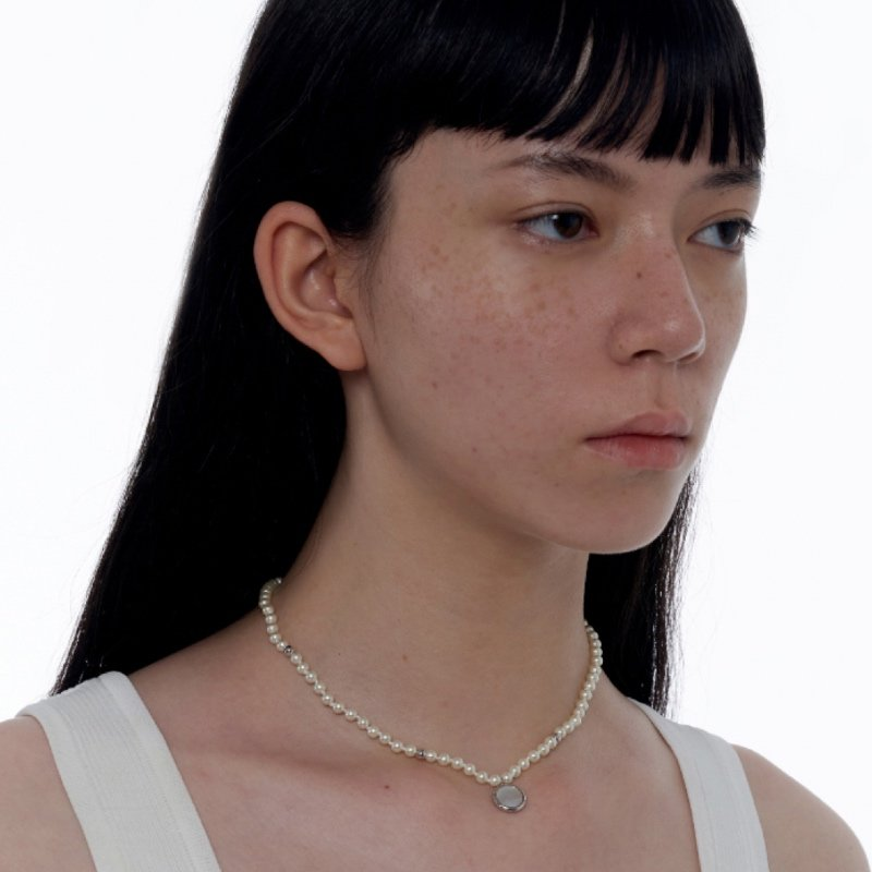 Kvk Mother Of Pearl Necklace