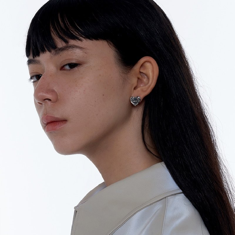 Kvk Simple Love Earrings 3